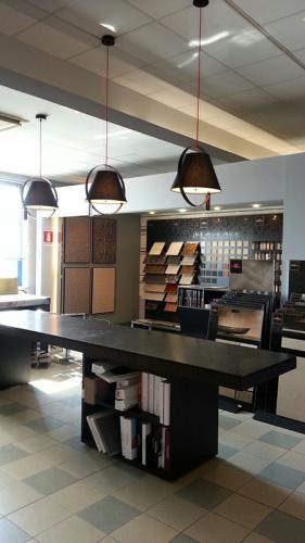 lightdoprsdesign-showroom-bari-1